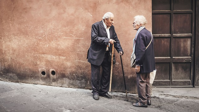 spanish habits elderly