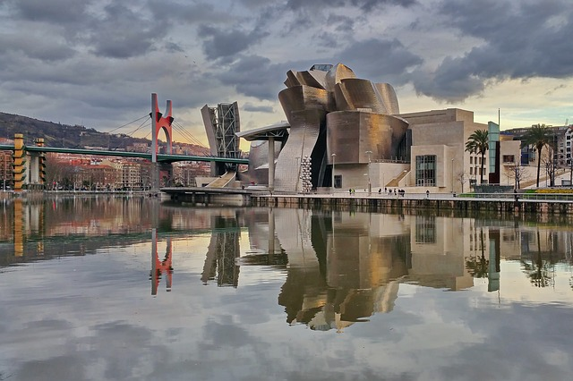 things to do in bilbao guggenheim