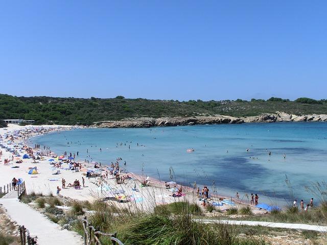discover menorca beach