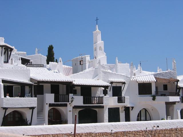 discover menorca houses