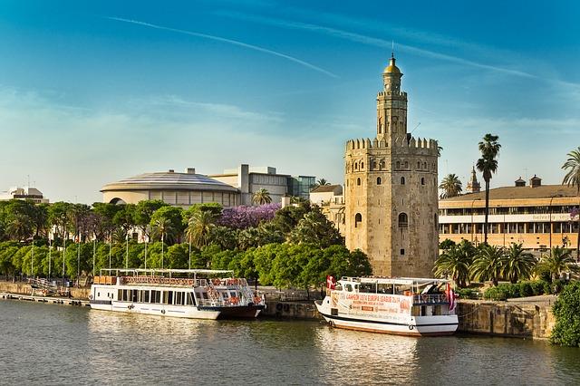 seville tourist information boat